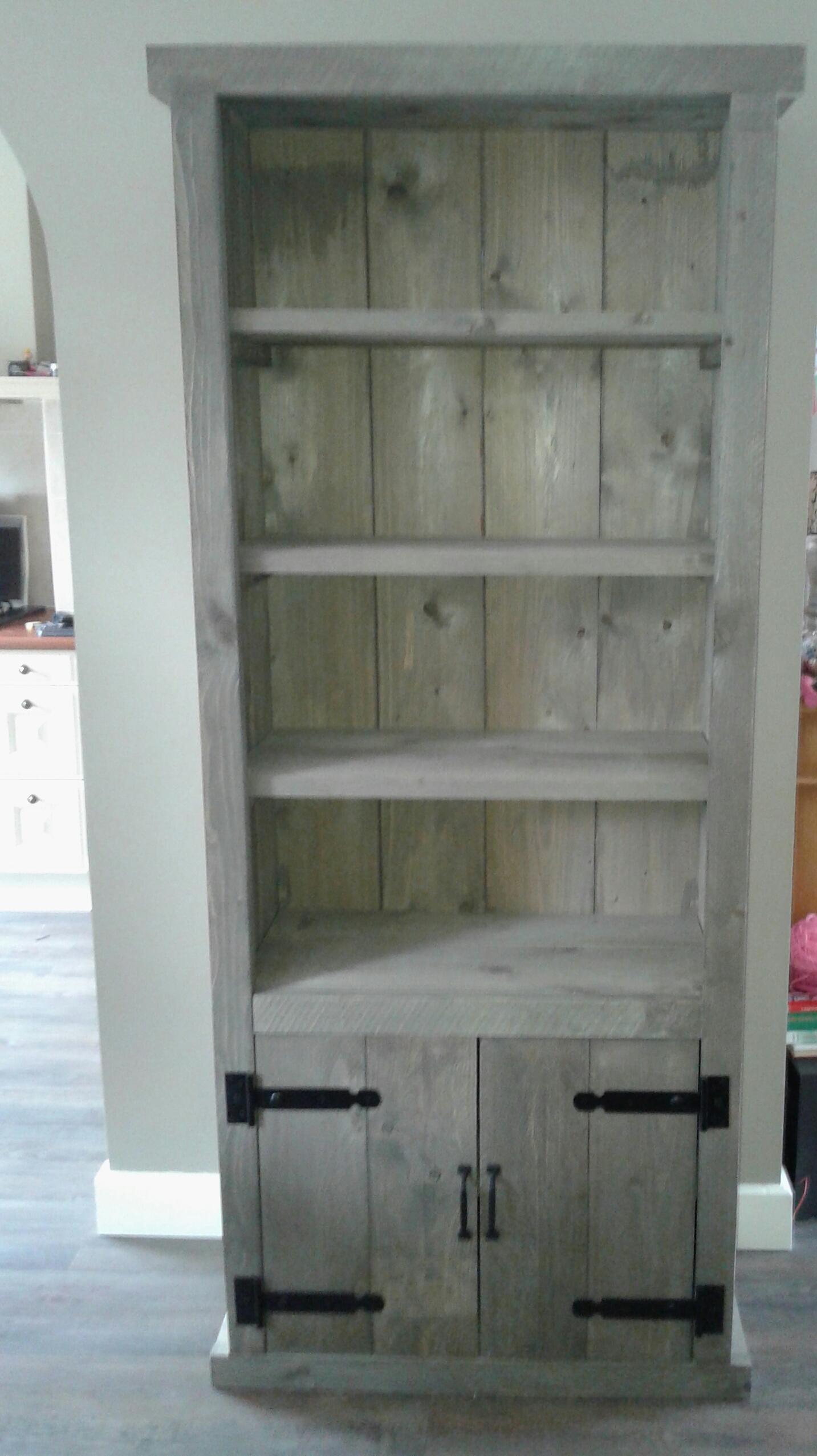 Steigerhouten boekenkast kopen zeer goede kwaliteit en nu for Boekenkast steigerhout